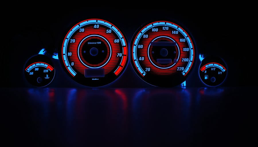 Вставки в приборную панель MoMan Audi 80 (3) .